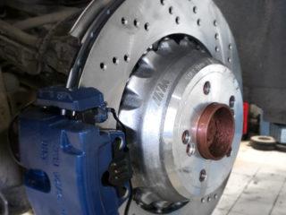 Суппорта M PERFORMANCE и тормозные диски от X5 M F85