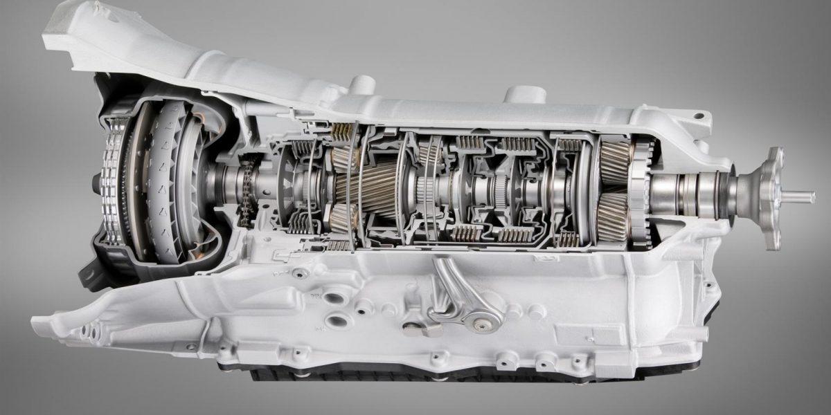 BMW-760-LI-2009-Image-Engine-01-1680