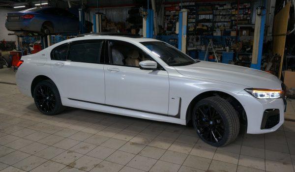 РЕСТАЙЛИНГ BMW 7G12